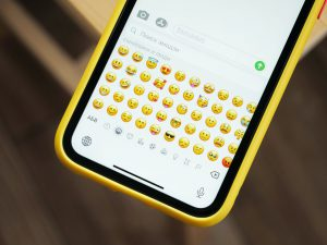 mobile emoji keyboard
